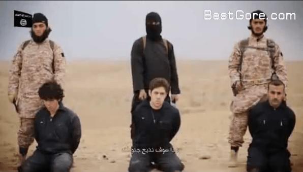 【閲覧要注意】ISIS過去もっとも残忍で衝撃的な斬首映像が公開されました!2