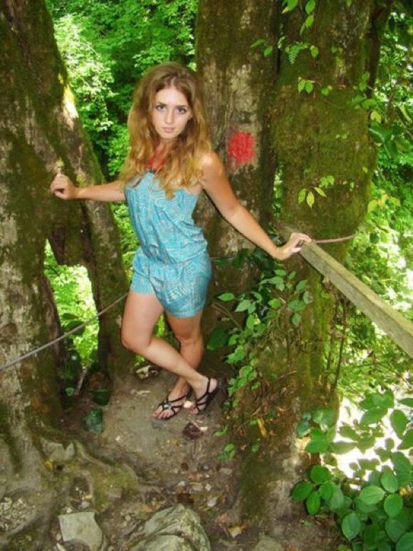 【顔は天使で体はマッチョ】脱いだら凄いロシアの美女!!17歳少女の美ボディが世界中で話題に♡1