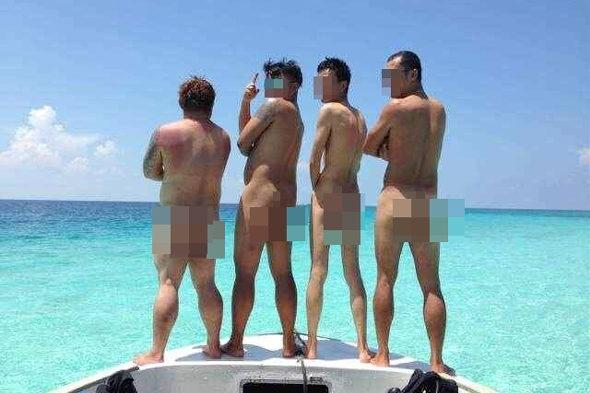 【中国】マレーシアのビーチで「水着を脱ぎ」集団撮影、現地警察が中国人1人を拘束2