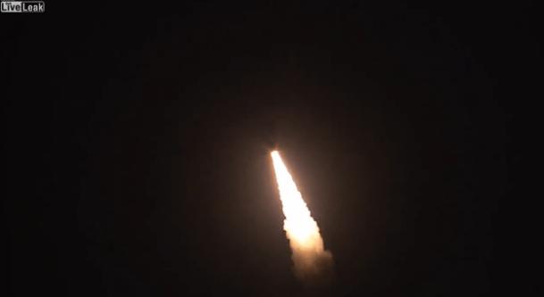 大陸間弾道ミサイル(ICBM) ミニットマンIII の打ち上げテスト映像公開!