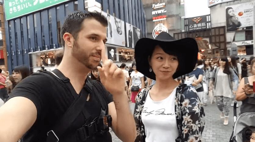 白人が大阪でナンパ!日本人女性はチョロイという動画を公開。多くの女性とラブラブ。ホテルでのシーンも...